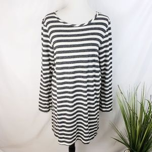 ♦️2/$20 Everly Grey and white Striped Dress Large